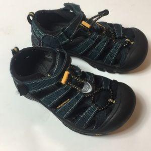 Keen   boys waterproof sandals size 12 shoes